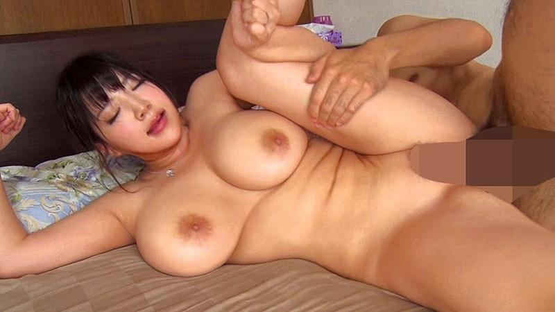 巨乳むっちり妻20人連続セックス16時間4枚組BOX 画像13