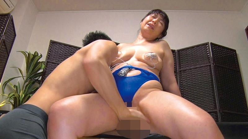 アラフォー美魔女たちの淫乱セックス 10人収録 8時間2枚組13