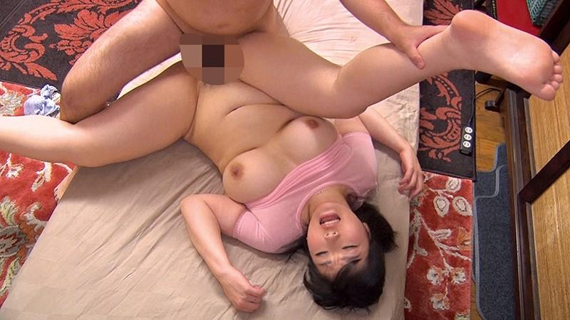 アラフォー美魔女たちの淫乱セックス 10人収録 8時間2枚組18