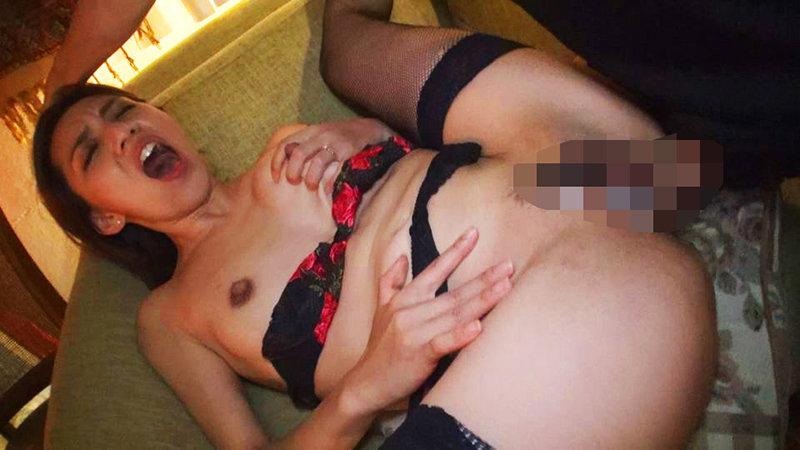 卑猥なデカ乳首人妻狩り 蘭堂美玲 画像7