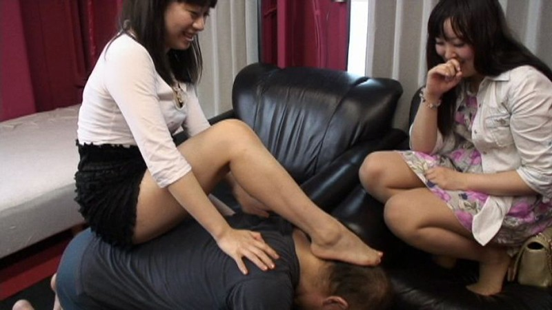 M男をいじめる女子サークル 画像17
