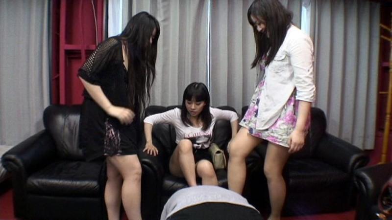 M男をいじめる女子サークル 画像2