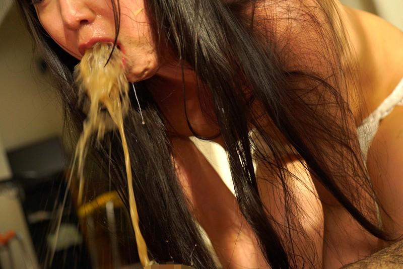喉の奥までペニ挿入に歓喜する変態カップル キャプチャー画像 13枚目