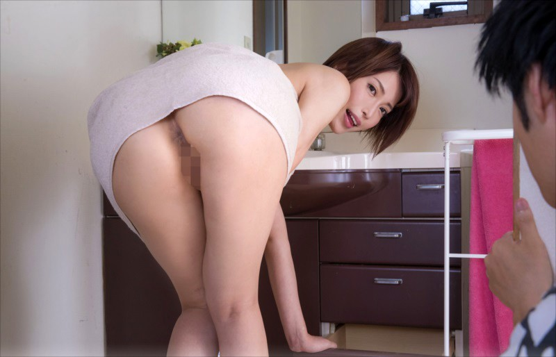 VRTM-411 Studio V&R PRODUCE - This Son Was Secretly Plotting To Fuck His Big Ass Stepmom, So One Day, He Waited While She Came Out Of The Bath And Grabbed Her So Hard Her Anal Ass Was Bulging Out! His Stepmom Tried To Resist, But When He Slid His Dick Inside Her, It Had Been - big image 1