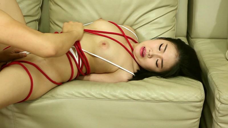 刺激快感エクストリーム#02 赤いロープで緊縛されたM女/泡マッサージと剃毛プレイ 画像7