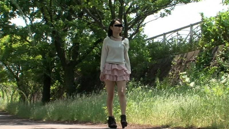 フェラ散歩 SNSで知り合ったひとみちゃん 21歳 画像2