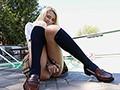 Kitty18歳 ロスで見つけた幼い笑顔の北欧系美少女が初脱ぎイメージデビュー