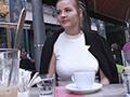 ハンガリーで見つけた高級ブランド店で働くお高い巨乳娘をホテルに連れ込み強引に口説いて連続中出し性交!