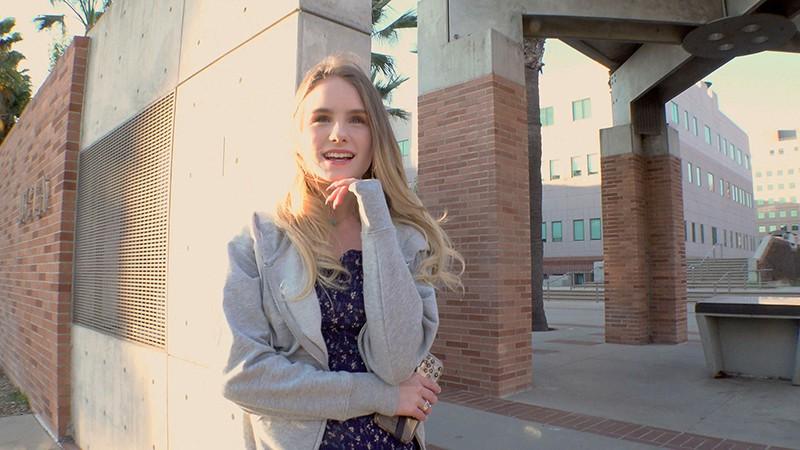 ロスでナンパした真面目なバレリーナ学生が世間知らず&お金欲しさと押しに弱くてガチガチ緊張のAV出演 ナタリー(19歳) キャプチャー画像 1枚目