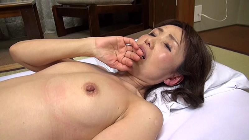 ち●こと青姦だあい好き田舎の植木屋さん 隅田涼子サンプルF15