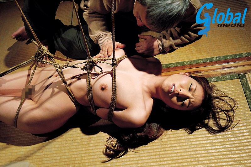 異常緊縛性交 縄調教に堕ちた女たち 緊縛・蝋燭・鞭…極限の快楽地獄に絶叫イキ悶え!! 20人 4時間