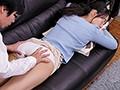 寝ている義母にこっそり中出ししたら痙攣...のサンプル画像 1