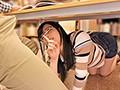 ヂュポ!ヂュルヂュル!そんなに音をたててフェラしたら周りに気付かれちゃいます!図書館で難しそうな本を読んでいる真面目なメガネ美人の横であえてエロい本を読んで見せつけるようにフル勃起!それに気づいたメガネ美人は本を見るのをそっちのけで勃起チ○ポに興味津々…