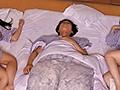 [HUNTA-618] 『く、苦しい!!えっ何?夢??』女性社員の大きな胸がボクの顔にムギュ!出張先の温泉旅館で巨乳女上司と一緒の部屋に寝ていたら大きな胸がボクの顔面直撃!出張先の温泉旅館の手違いで、口うるさい仕事一筋の超まじめな先輩上司と相部屋に!!しかも酔っ払ってネチネチ…