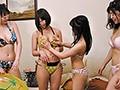 『えっ何で水着で宅飲み??しかもかなりセクシーなんですけど!!』ボクには女子大生の姉がいるのですが、ある日の夏、姉が女友達と5人で海水浴に…