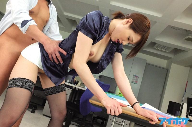 【痴女】教え子には見せられない 先生と呼ばれている人間も裏ではバンバンSEXしているんです8時間SPECIAL キャプチャー画像 8枚目