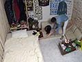 イケメンが熟女を部屋に連れ込んでSEXに持ち込む様子を盗撮した動画。 FA......thumbnai12