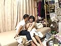 イケメンが熟女を部屋に連れ込んでSEXに持ち込む様子を盗撮した動画。 FANZA限定!先行配信スペシャル!!92