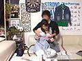 イケメンが熟女を部屋に連れ込んでSEXに持ち込む様子を盗撮した動画。 FANZA限定!先行配信スペシャル!!93