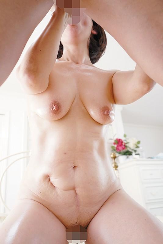 デカ乳首還暦熟女 60歳初体験