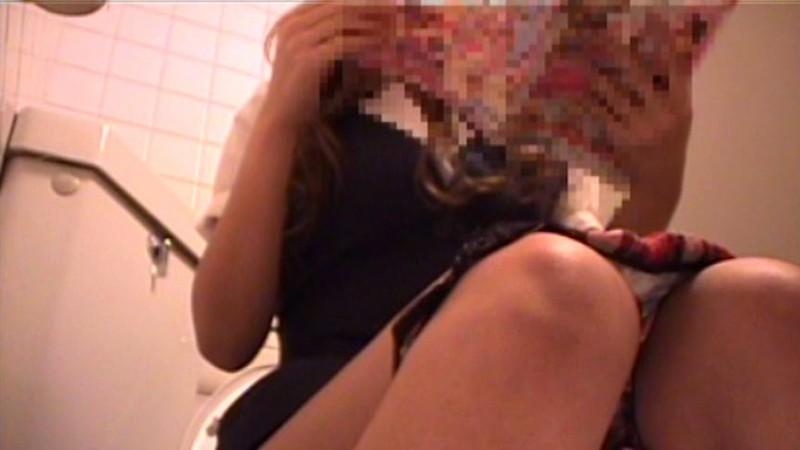 都内某所オフィスレディのトイレ映像流出24人 キャプチャー画像 9枚目