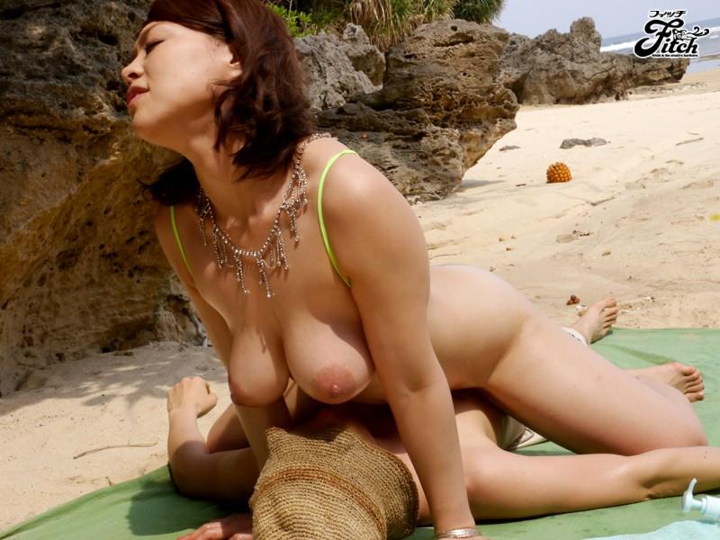 【中森玲子 sex】爆乳の痴女マダムの、中森玲子のsexプレイが、野外にて…。