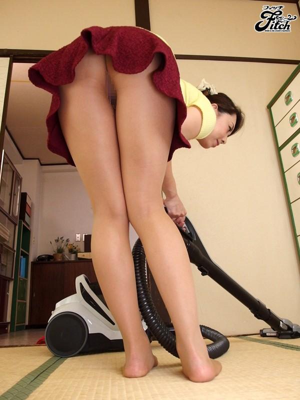 【痴女】 大人の女が魅せる大胆誘惑チラリズム~オフィスで挑発する出来る女のパンチラ遊戯~ 風間ゆみ キャプチャー画像 6枚目