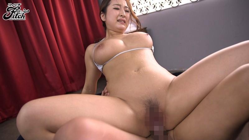 (ヒトヅマムービー)長谷川舞 キモチ良さで溢れ出すねっとり汗と愛液、子宮に肉棒を打ち付けて…