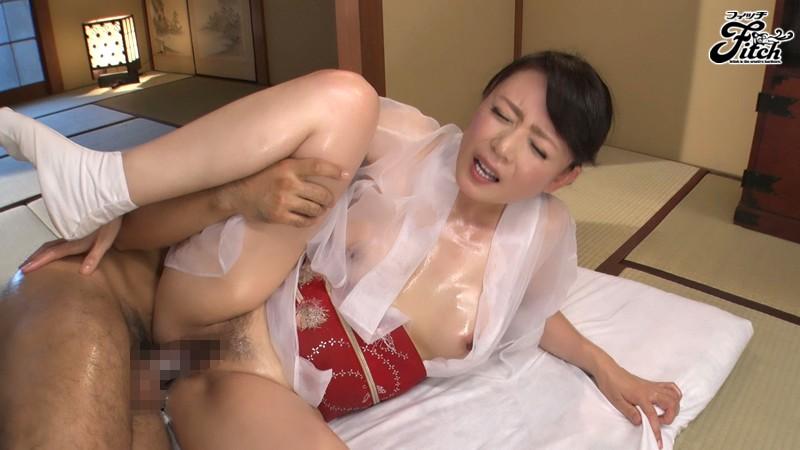 じっくり高める手コキでもてなす完全勃起ともの凄い射精の回春旅館 三浦恵理子 画像12