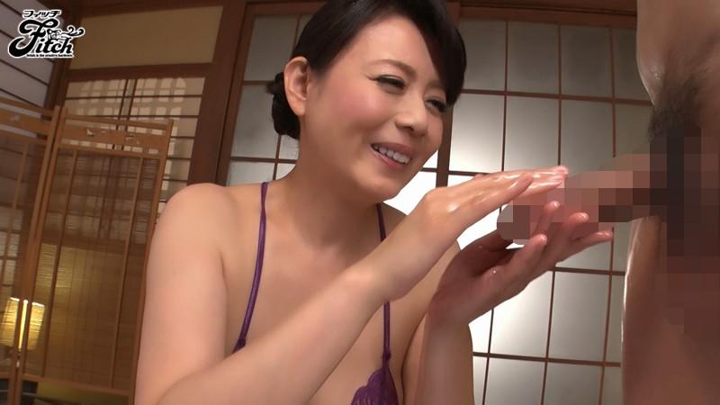 じっくり高める手コキでもてなす完全勃起ともの凄い射精の回春旅館 三浦恵理子 画像8