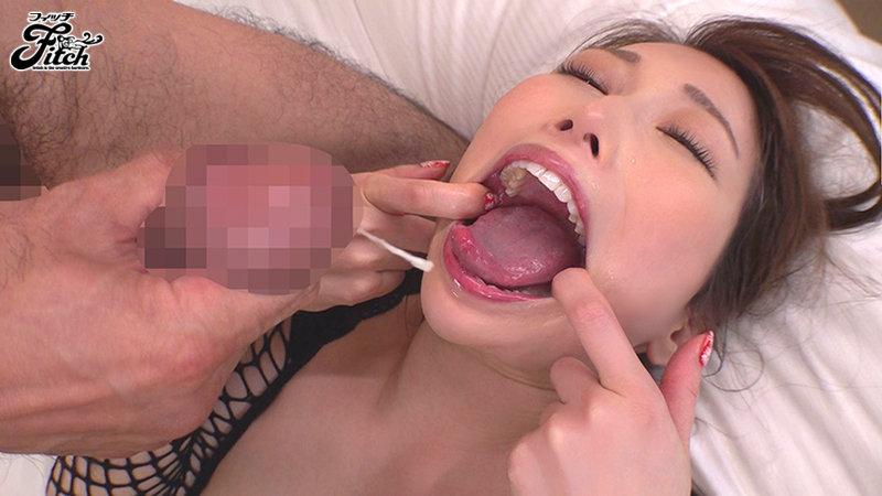 クチとマ○コが逆転した女の変態SEX 佐伯由美香 画像11