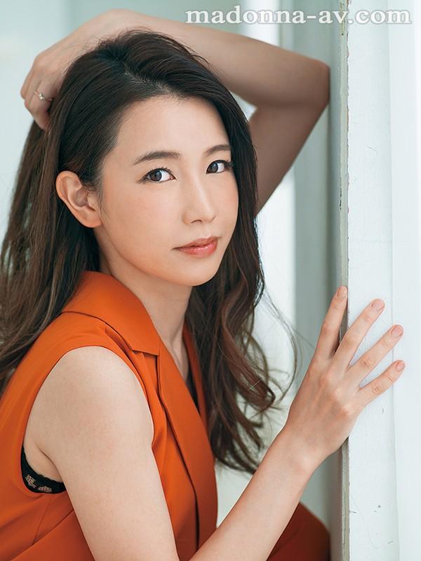 脱がしたくなるイイオンナ。 新人 元ミセスモデルの8頭身人妻 佐野栞 32歳 初脱ぎ解禁AVデビュー!! の画像10