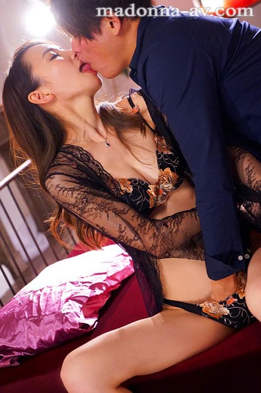 元ミセスモデルの8頭身人妻 第2章!! 瞳の奥から濡れる、濃密な接吻性交。 佐野栞7