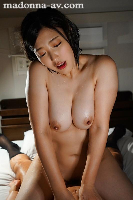 密着セックス〜患者の温もりに身体を委ねてしまった人妻看護師の官能不倫〜 水野朝陽 キャプチャー画像 8枚目