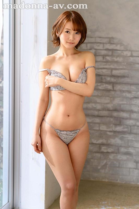 天然×ミステリアス 見た目は大人、心はピュアなゆるふわ人妻 鈴川莉茉 32歳 AV Debut!!1