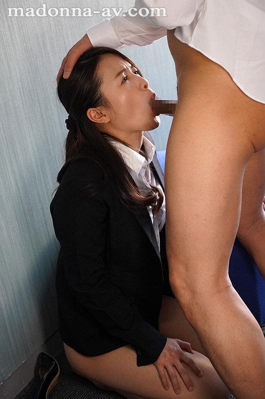 結婚を間近に控えた美人キャリア社員を…肉奴●化する調教研修7日間―。 向井藍 画像7
