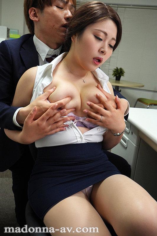 これは部下に厳しいムチムチ女上司にセクハラしたら怒られるどころかセックスまで出来た話です。 金谷うの