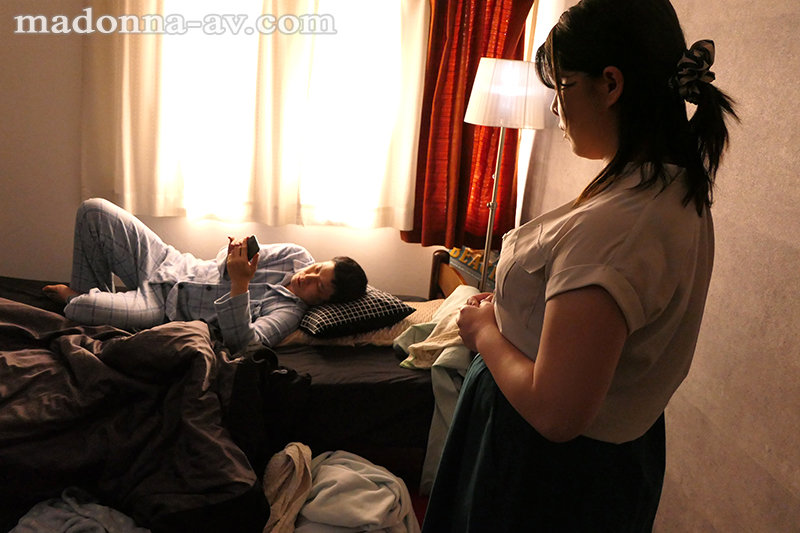 子供部屋ニートの息子2人、母親・凛は性処理係―。 岡江凛 キャプチャー画像 1枚目