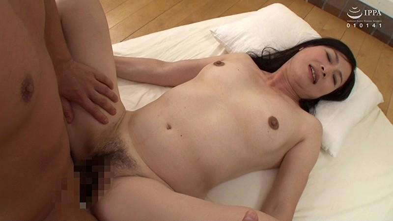 極上!!五十路奥さま初脱ぎAVドキュメント 尾田千佳子 6枚目