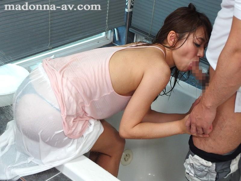 【人妻動画】香西咲 密かに憧れを抱く痴女教師と一晩中体を重ねて…