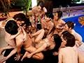 マドンナ15周年記念超大作!!ジャンボドリーム大共演!! 100億を拾った男と10人の美熟女 人生逆転ハーレム豪遊生活