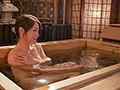[JUY-766] 妻には口が裂けても言えません、義母さんを孕ませてしまったなんて…。-1泊2日の温泉旅行で、我を忘れて中出ししまくった僕。- 友田真希