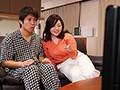大人気連載TVドラマを義母さんと見ていたら、濃厚キスシーンが始まって…。 牧村彩香