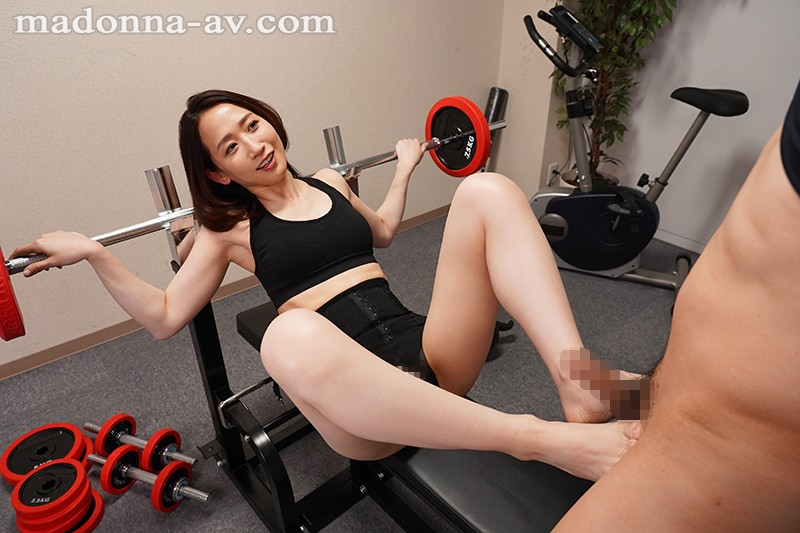 JUY-881 Studio Madonna - I'm A New Employee Who Always Gets Harassed By My New Female Boss Kana Mito