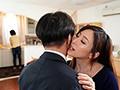 [JUY-903] 妻のお姉さんの大胆不敵な寝取り誘惑 声を出せずに悶絶射精してしまった僕 白木優子
