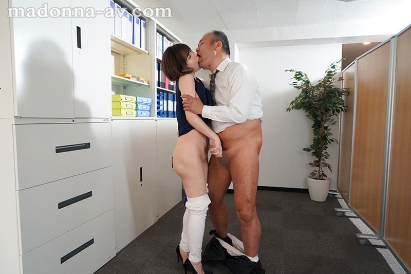 JUY-926 Studio Madonna - Yuria Satomi Exclusive Actress Round 2!! Intimate Sex - Fighting Loneliness At Work With Adulterous Creampies big image 4