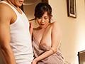 居候先の兄貴の奥さんがボクの理性を狂わせる…。ノーブラ誘惑1週間生活。 菅野真穂