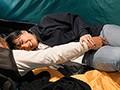 町内キャンプNTR テントの中で中出しされた妻の衝撃的寝取られ映像 根尾あかり