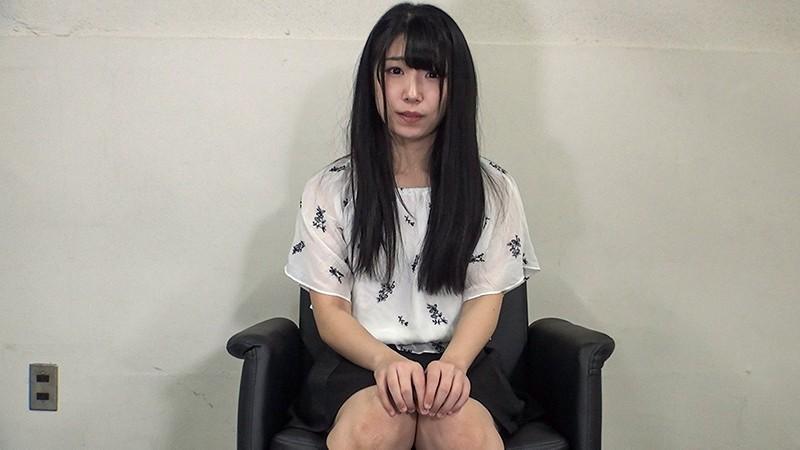 素人娘の全裸図鑑7 今時の女の子14名が恥らいながら脱衣していく様子をじっくり撮影した、変態紳士のためのヘアヌードコレクション 13枚目
