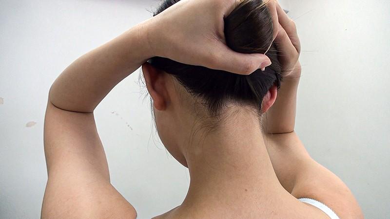 素人娘の全裸図鑑7 今時の女の子14名が恥らいながら脱衣していく様子をじっくり撮影した、変態紳士のためのヘアヌードコレクション 8枚目